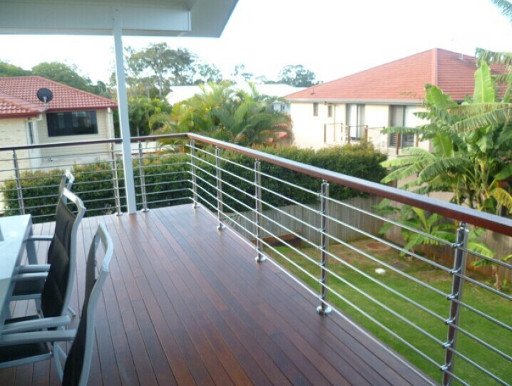 china stainless steel rod balustrade with pvc handrail photos pictures made in. Black Bedroom Furniture Sets. Home Design Ideas