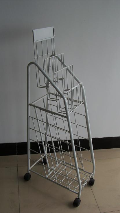 Metal Wire Display Rack with Wire Shelves and Castors