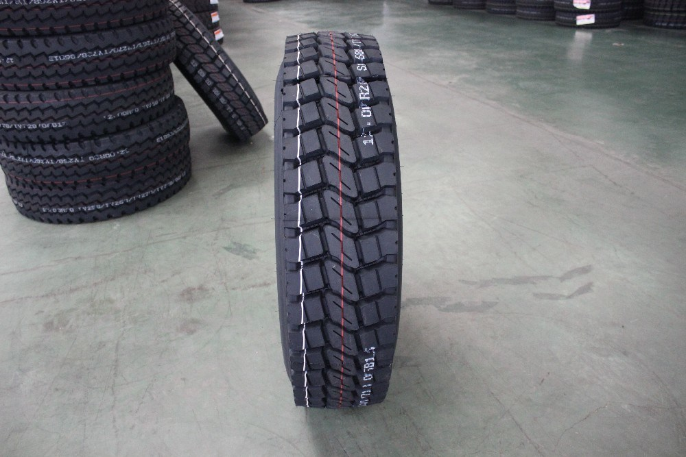 Radial Heavy-Duty Truck Tyre 9.00r20 in High Quality