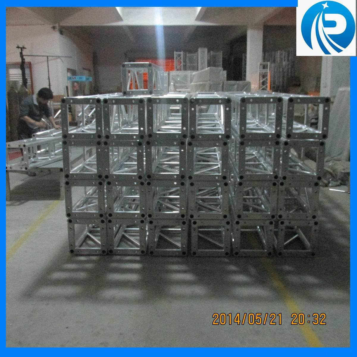 Fashion Show Stage Equipment Runway Truss