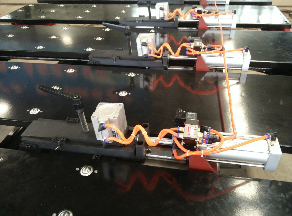 Auto CNC Feeding Shearing Machine