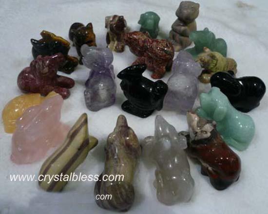 China mixed gemstone animals carvings small