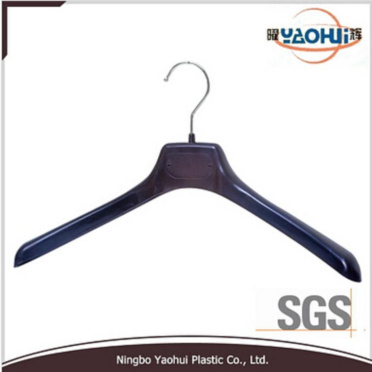 Plastic Suit Hanger with Metal Hook
