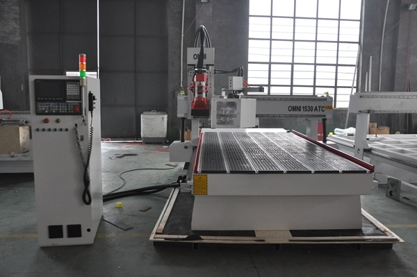 Automatic Tool Changer CNC Router China Manufacturer Price