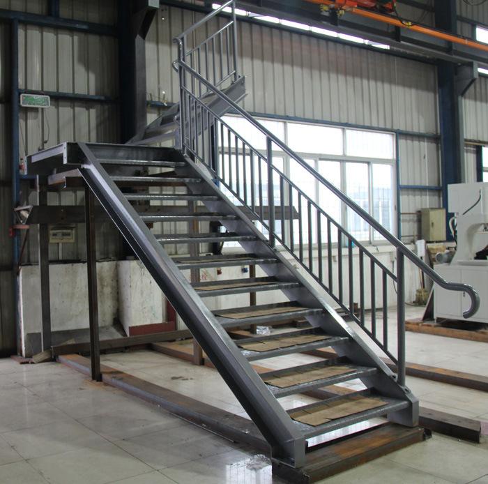 Acier de construction escalier en acier avec la balustrade acier de constr - Construction des escaliers ...