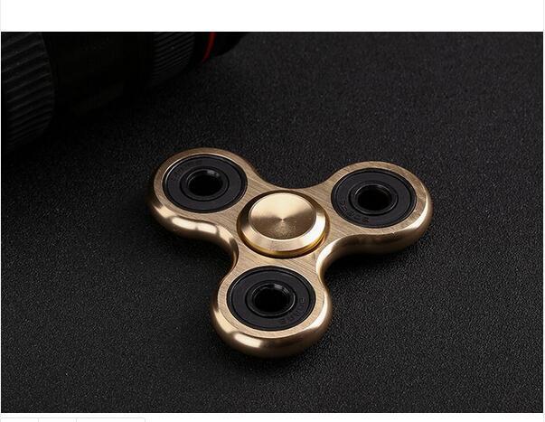 Hand Spinner Fingertip Toy LED Fidget Gyroscope / Fidget Spinner / Finger Spinner