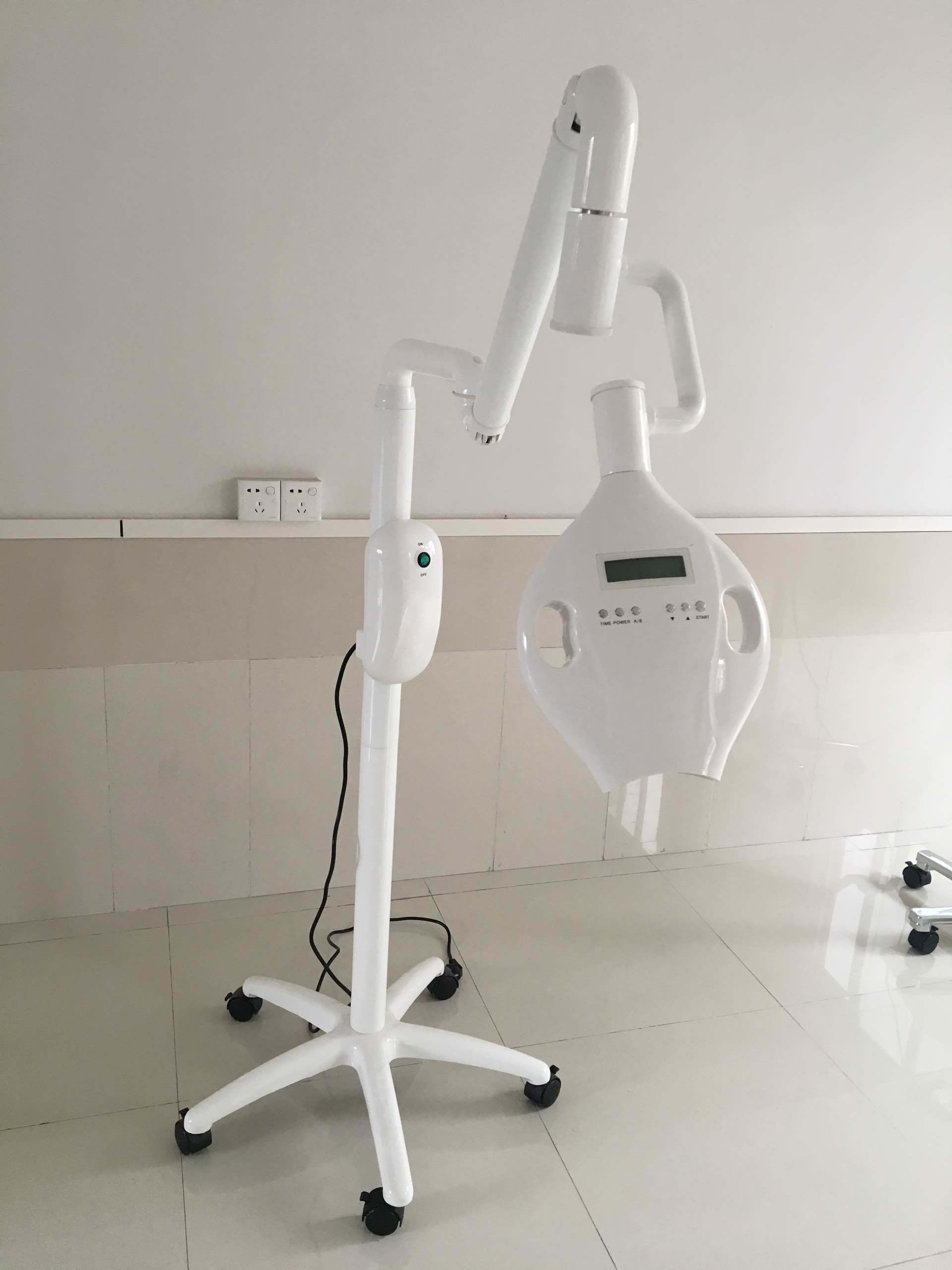 Manufacturer of LED Whitening System
