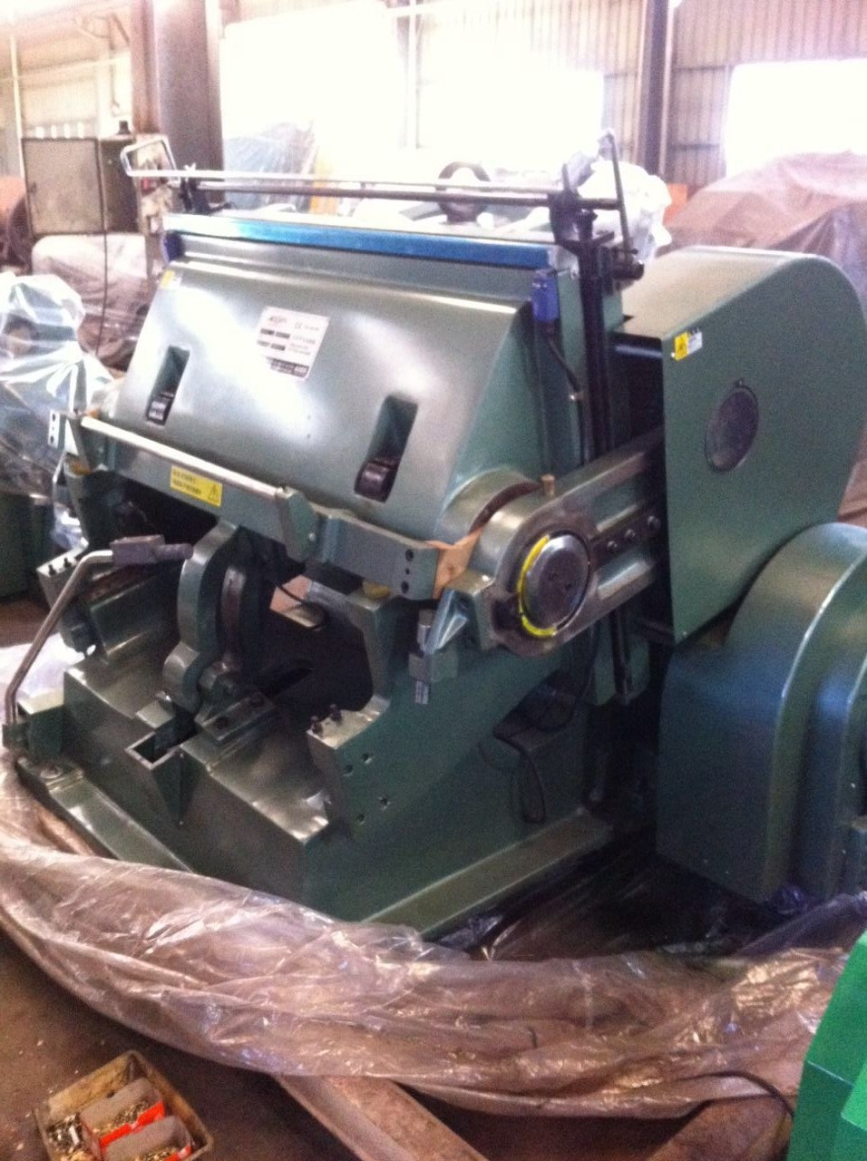Ml-1100 Platen Press Type Creasing and Die Cutting Machine