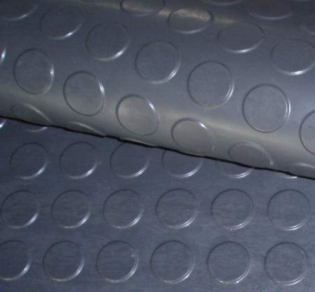 Rubber floor tiles rubber floor tiles round stud for Rubber flooring