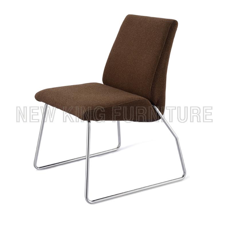 Modern Leisure Fabric Dining Chair (NK-DC042)