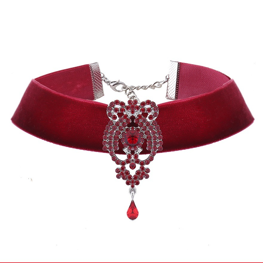 Fashion Rhinestone Crystal Pendant Velvet Choker Necklace Jewelry