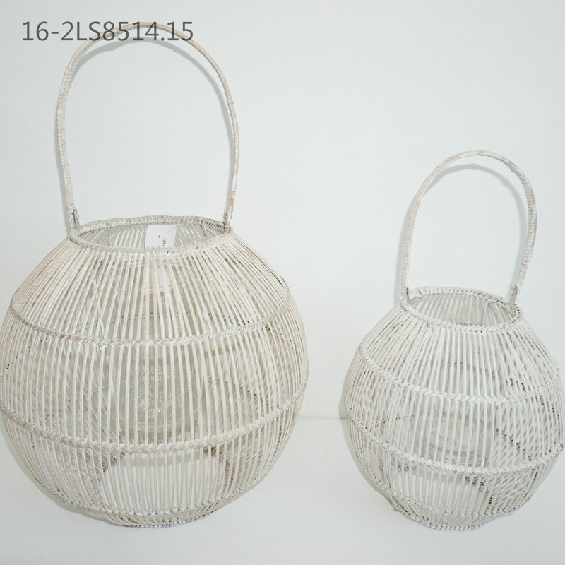 Three Colors of Characteristic Bamboo Lanterns