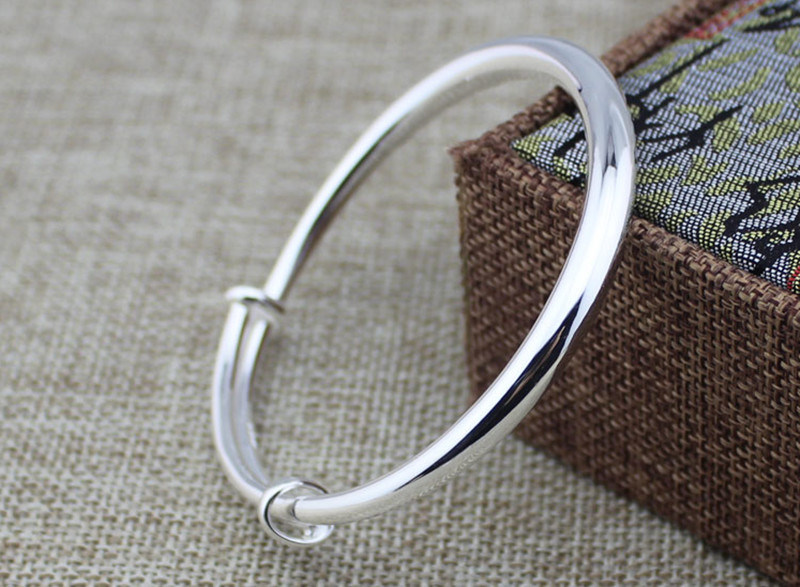 S990 Round Belly Silver Bracelet Smooth Push and Pull