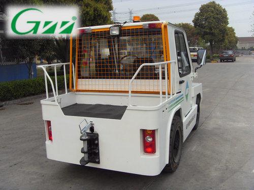 Airport Aircraft Baggage Towing Tractor Tug