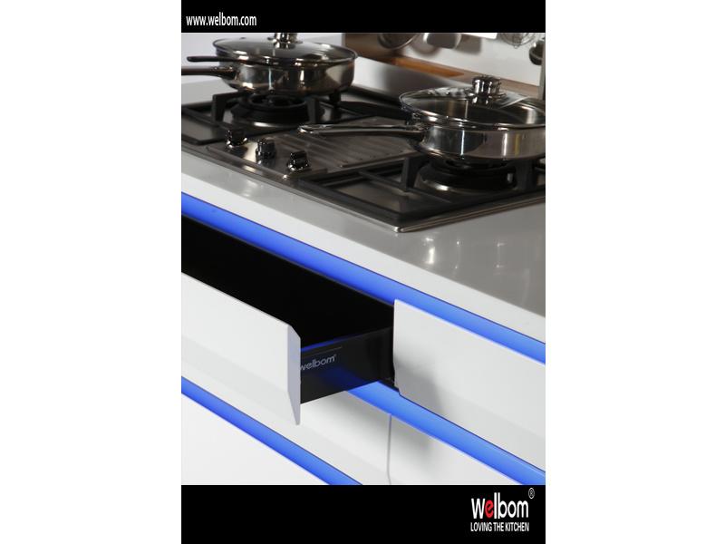 Welbom Australia Modern Villa Project High Gloss Lacquer Kitchen Cabinets Furniture