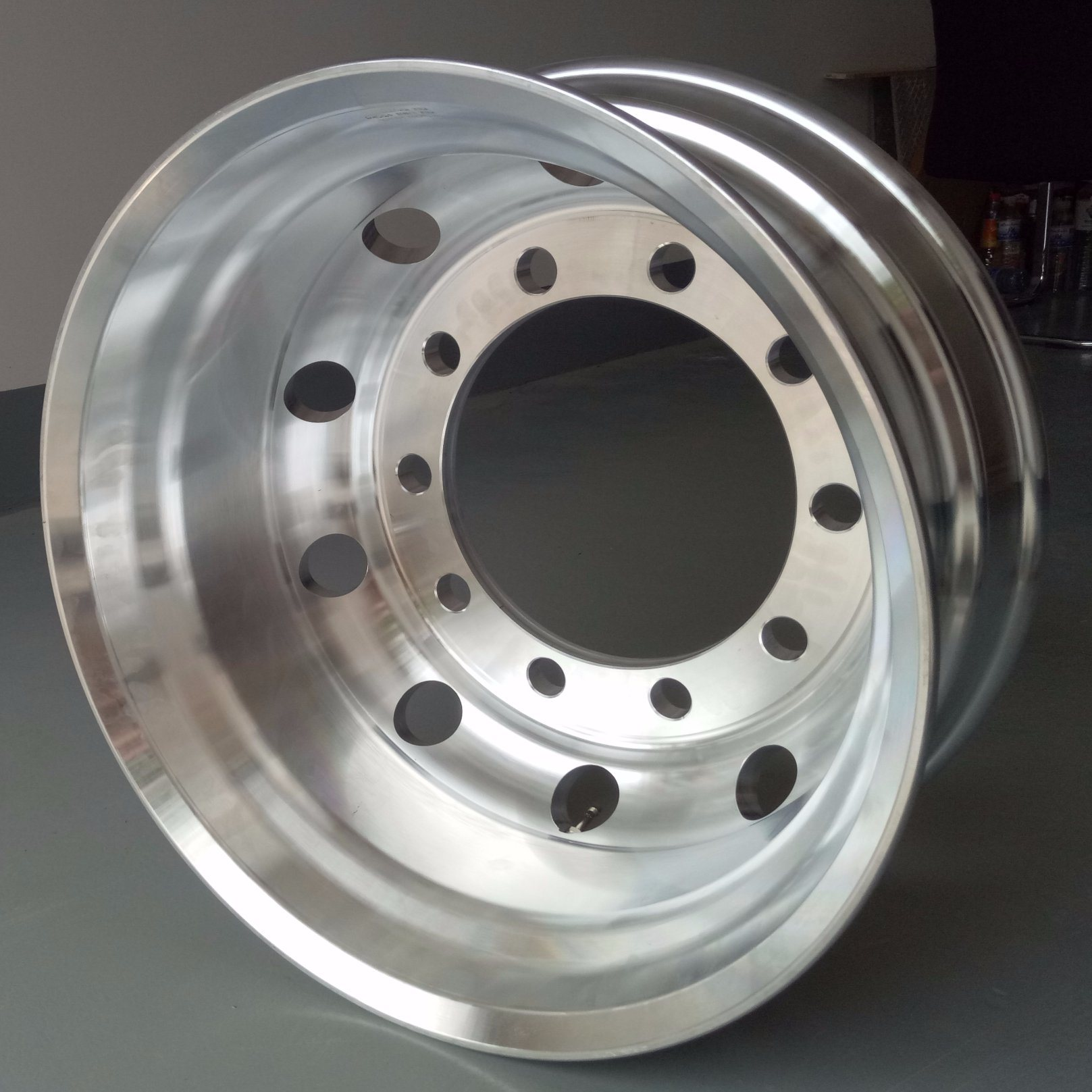 Aluminium Alloy Truck Wheel Rims/Forged Alloy Wheels/Manufacturer Factory (22.5*9.00 8.25)