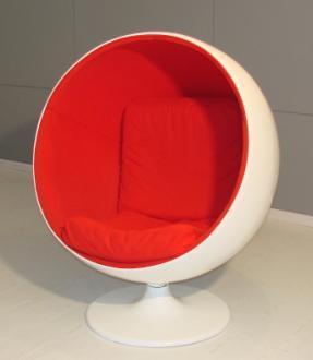 De stoel van het ei van de bal de stoel van het ei van for The egg stoel