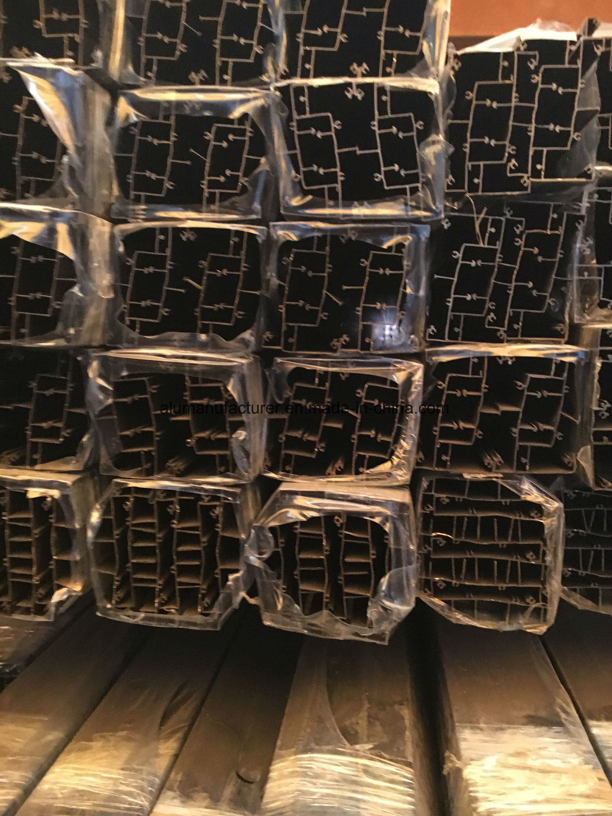 Thailand Aluminium Alloy Extrusion Profile for Door and Window (02 Series)