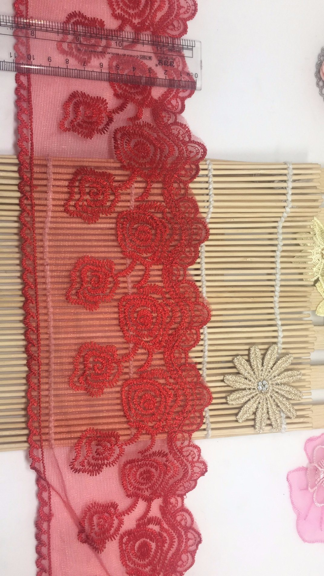 Apparel Accessories Fashionable 11cm Width Factory Stock Rose Embroidery Purfle Trimming Net Mesh Lace for Women Garments & Home Textiles & Curtains