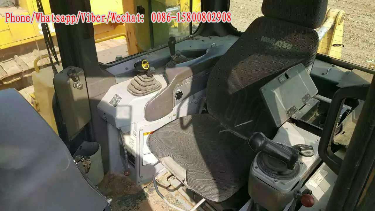 Used Komatsu D275A-2 Bulldozer