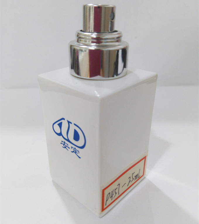 Ad-P457 Spray Perfume Glass Bottle Hand-Made Wooden Cap 30ml