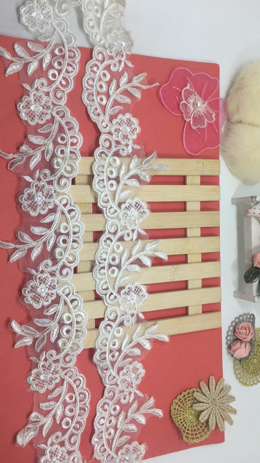 Factory Stock Wholesale 7.5cm Width Guipure Embroidery Trimming Net Lace for Garments & Home Textiles & Curtains