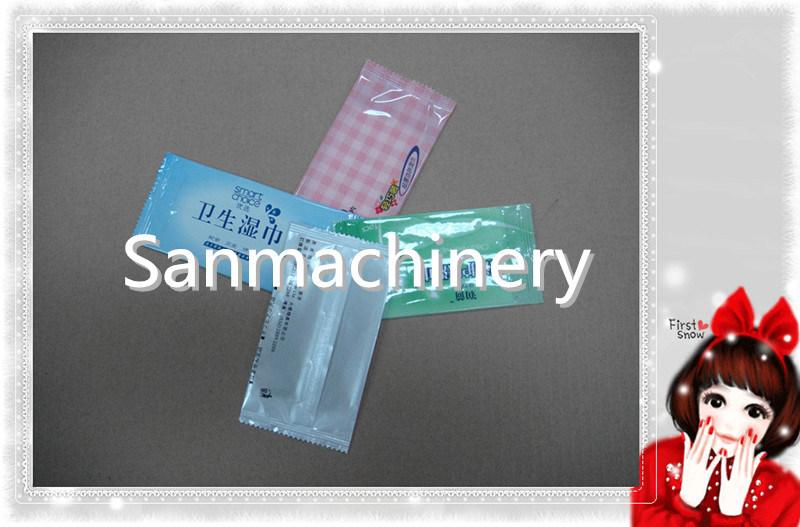 Flat Wet Tissue Making Machine (1Sheet/Bag) with Ce (RF-640)