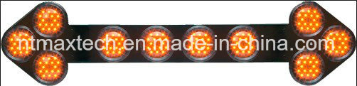 Energy Saving Manual or Auto Dimming Small Traffic Arrow Sign High Brightness LED Lamp Complies to Adr
