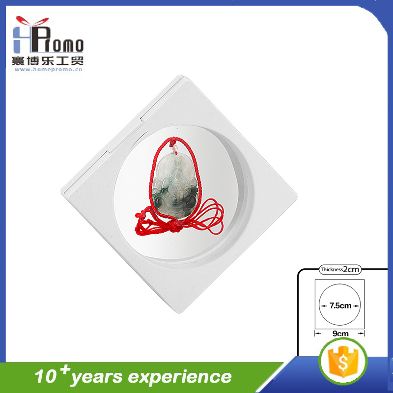 3D Small Size Suspended Plastic Gift Packing Box