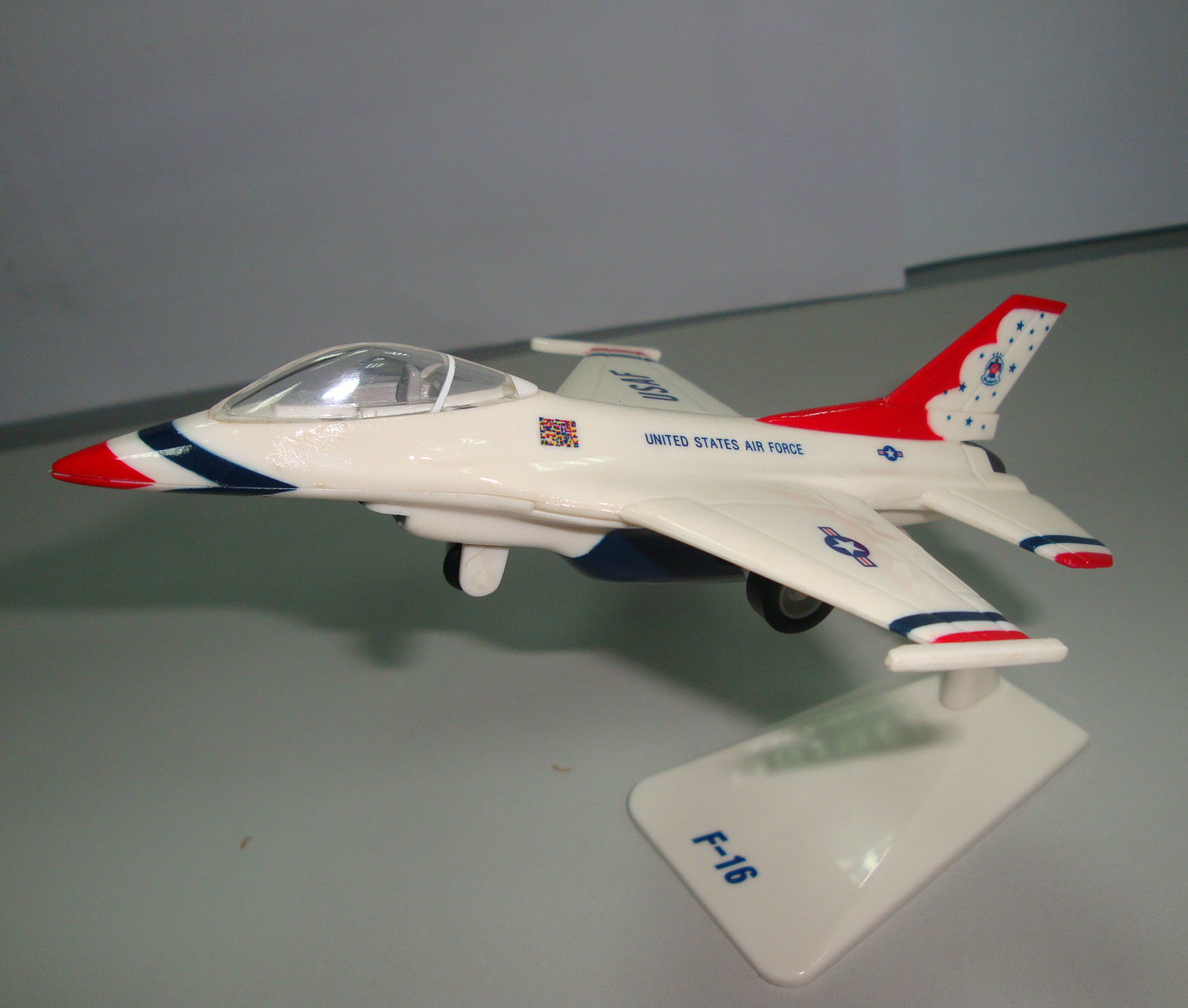 Plastic Airplane Toys 75