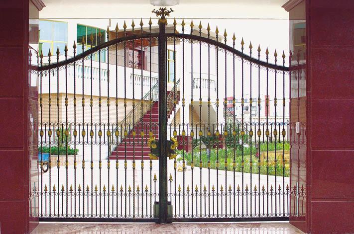 Wrought Iron / Metal Gate (TS-098)