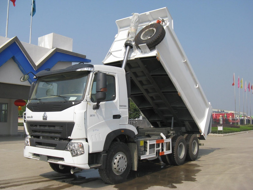 Sinotruk A7 371HP Heavy Duty Dumper with Luxury Cab