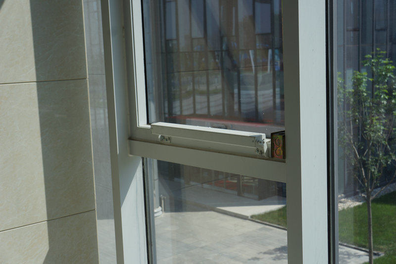 Auto Vent Window Opener 24VDC/230VAC
