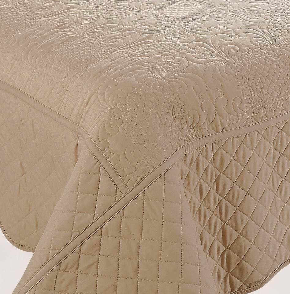 Bedding Set Solid Embroider Quilt