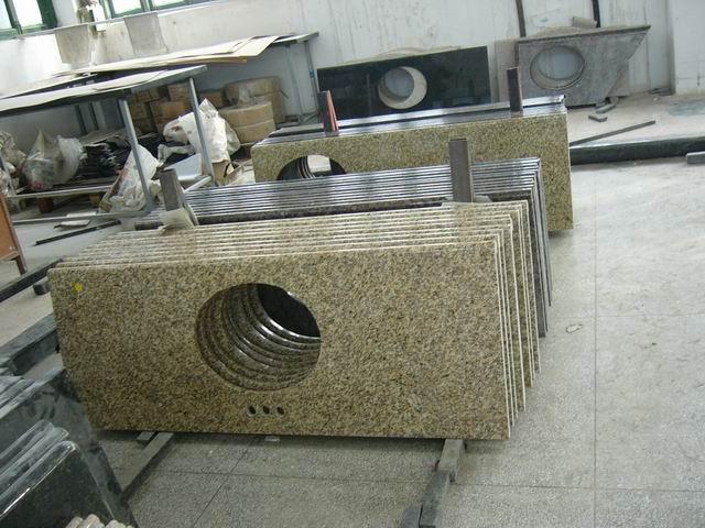 Granite Countertops/Vanity tops Photos & Pictures