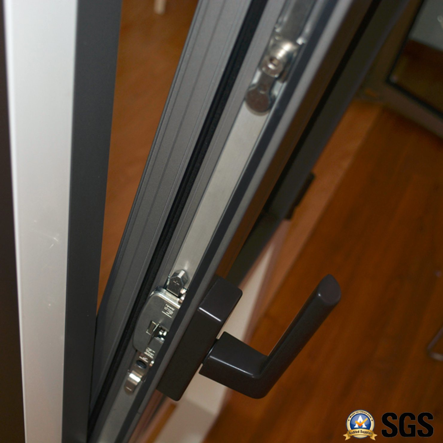 High Quality Thermal Break Aluminum Profile Casement Window with Multi Lock K04002