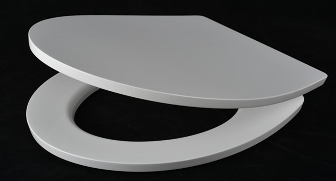 White Toilet Seat with Soft Close Hinge