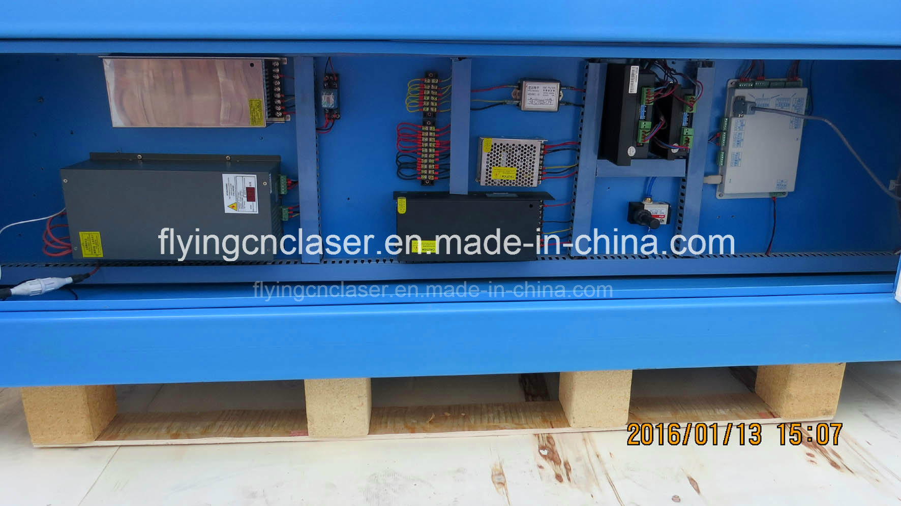 Professional CNC Laser Cutter Machine for Wood, Acrylic, Metal Cutting