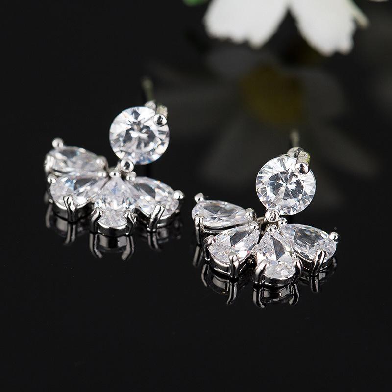Fashion High Quality Women′s Clear Crystal Zircon CZ Stud Earrings Jewelry