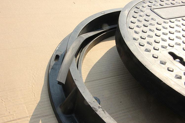En124 SMC Composite Resin Manhole Cover