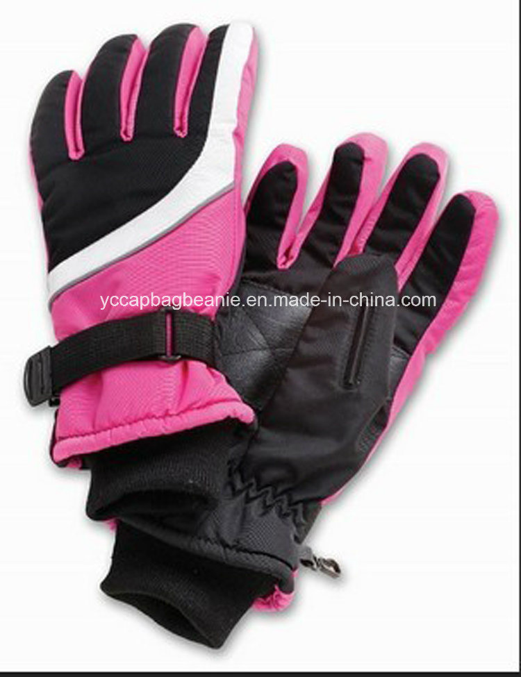 Hand Gloves for Snowing Made in China