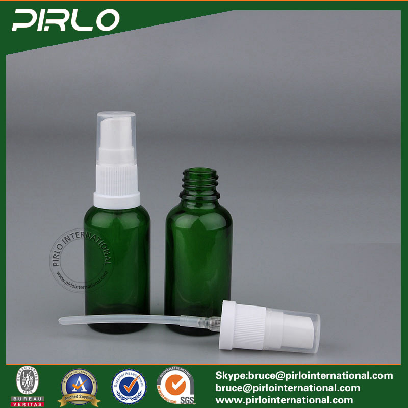 15ml 0.5oz Green Cosmetic Spray Bottle Glass Essential Oil Use Glass Bottle Perfume Refillable Bottle with Fine Mist Sprayer