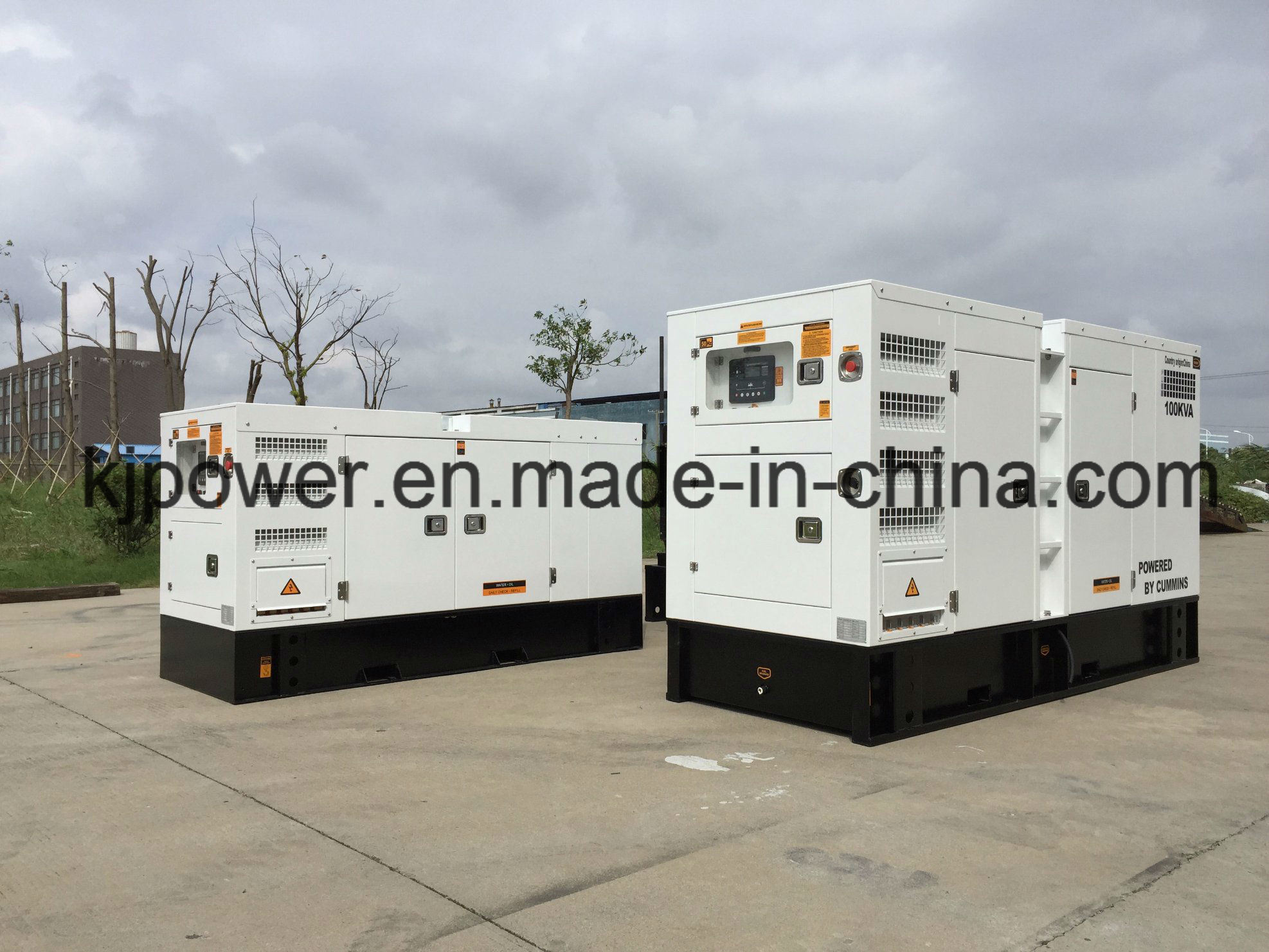 China Silent Diesel Generator Powered by Cummins Engine 25kVA