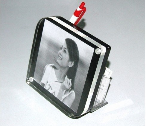 Customize Wholesale New Clear Magnet Acrylic Picture Frame