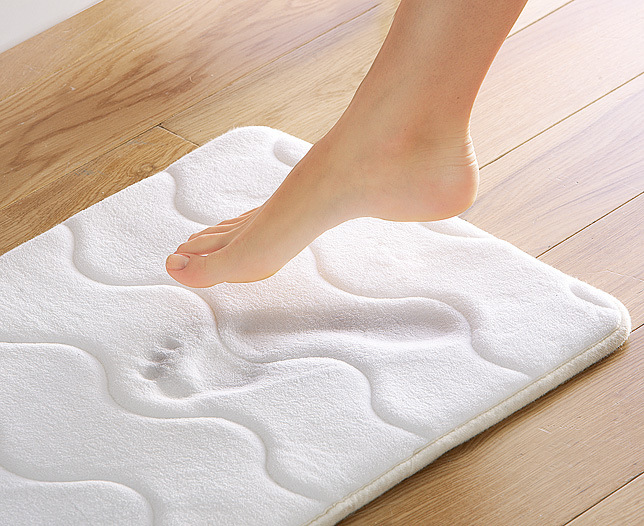 Model Resort Memory Foam Bath Rug  Frontgate