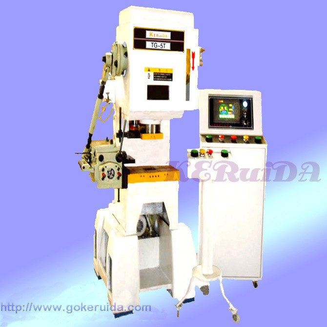 Small Punch Press for Sale http://punchmachine.en.made-in-china.com/product/IMPQwtxoYfDj/China-Press-Machine-5-Ton-.html