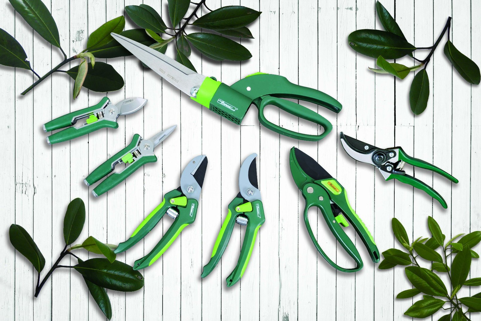 """Garden Tools 14"""" Triple Cutting Teeth Pruning Saw with Curved Blade"""
