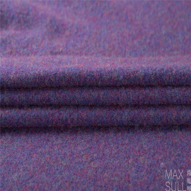 Yark Hair and Wool Fabric with Knitted in Purple