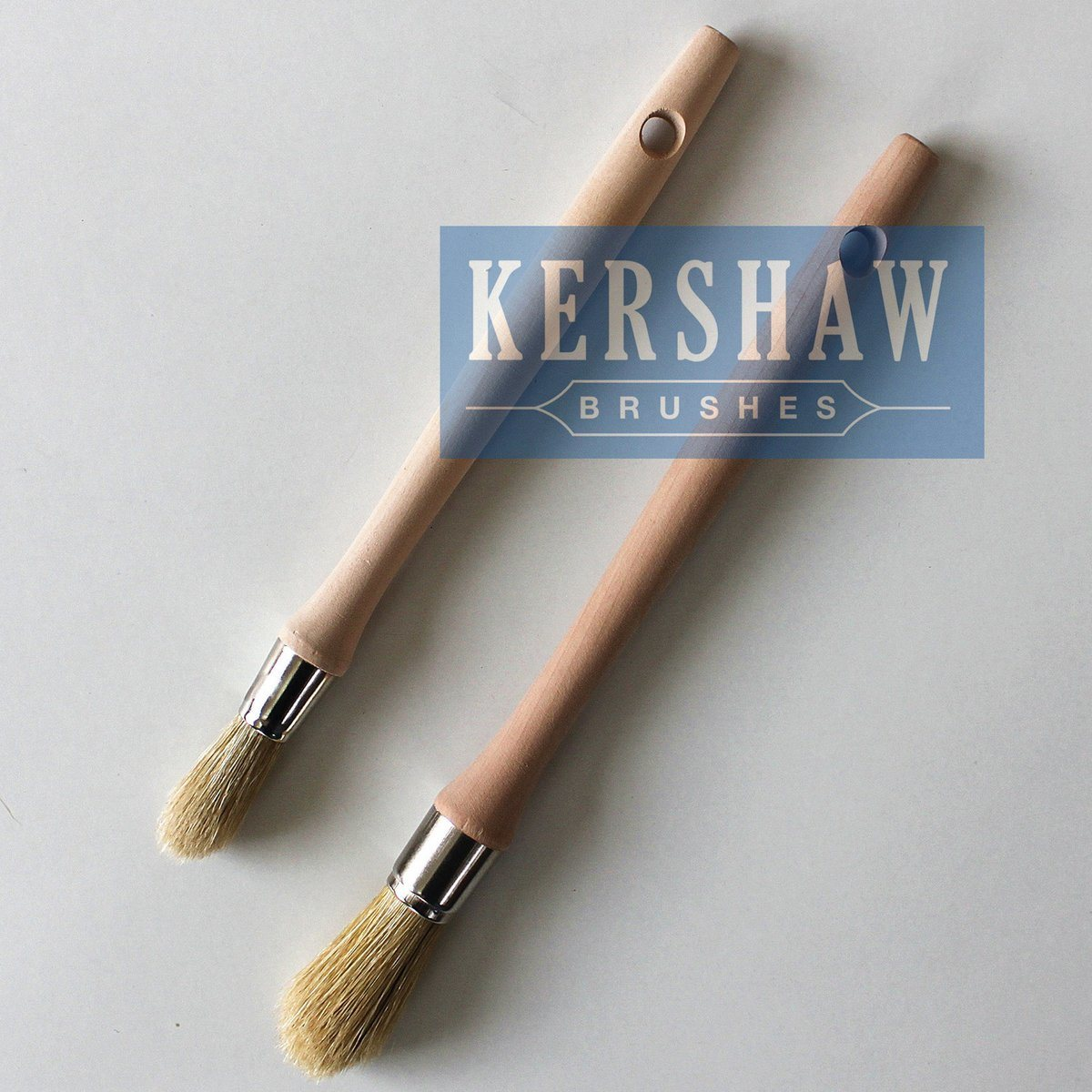 Round Brush (Paintbrush with Pure White bristle and hard wood handle, tip-round brush)