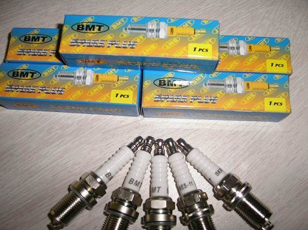 Bl15y Spark Plug Motorcycle Parts for South America Market